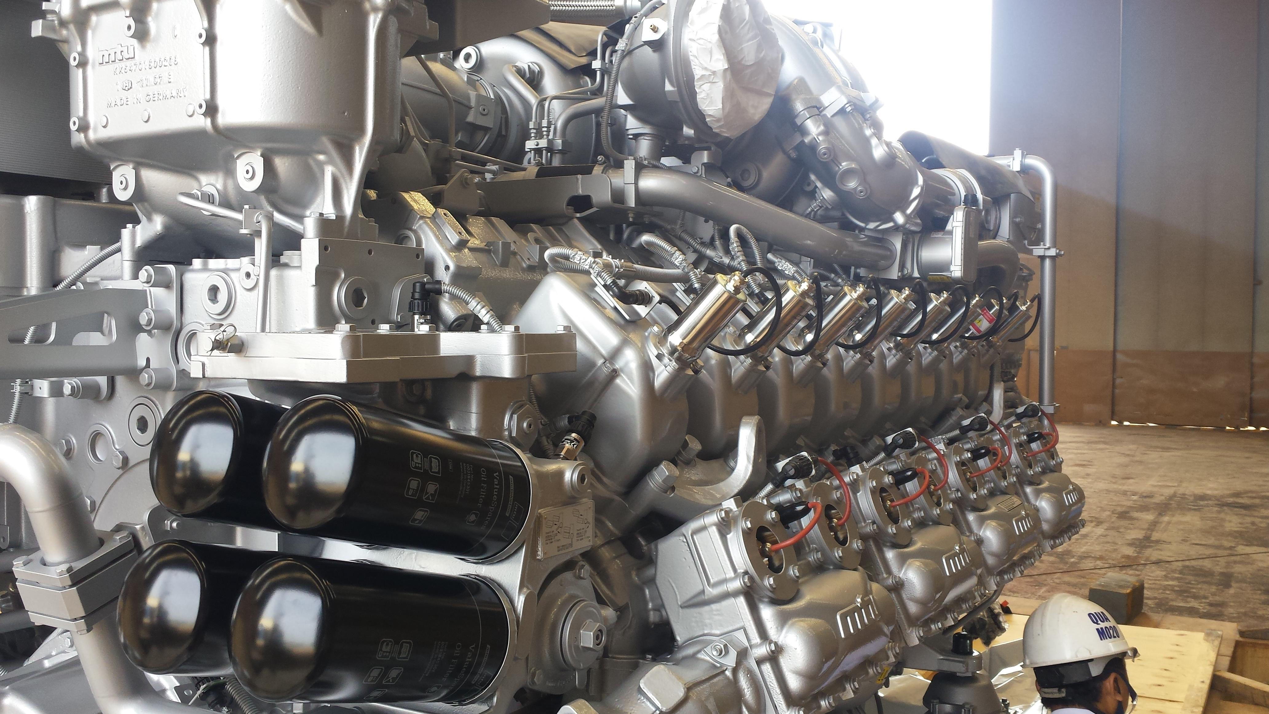 Eerste MTU-motor geplaatst
