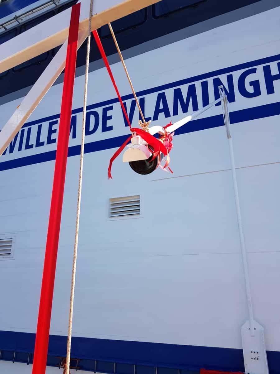 Willem de Vlamingh gedoopt en te water