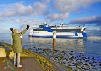 Willem de Vlamingh maakt eerste passagiersdienstreis